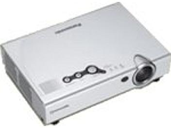 Panasonic PT-LC56E LCD Projector SVGA 1600