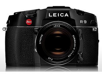 Leica R9 SLR Camera with 4/35-70 Lens - Black