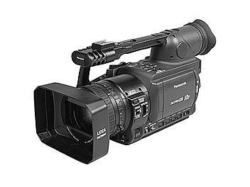 Panasonic AG-HVX205 DVCPRO HD Camcorder NTSC + Panasonic AJ-P2C016RG P2 Card 16Gb