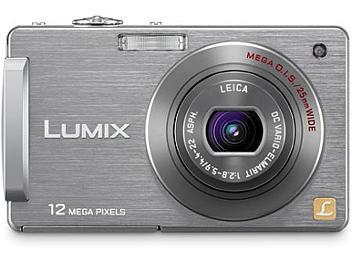 Panasonic Lumix DMC-FX580 Digital Camera - Silver
