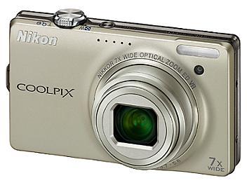 Nikon Coolpix S6000 Digital Camera - Silver