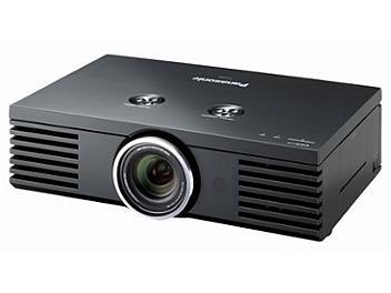 Panasonic PT-AE4000E LCD Projector